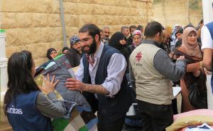 20131024_syrian-refugees_nicholson_210