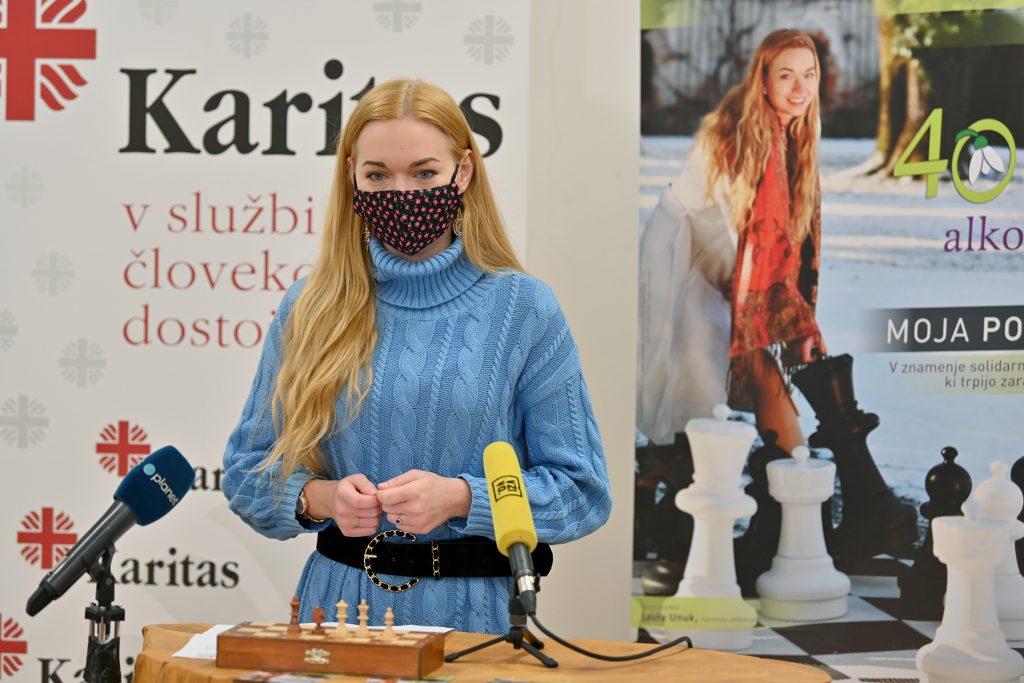 40 dni brez alkohola: Laura Unuk, šahovska velemojstrica, ambasadorka
